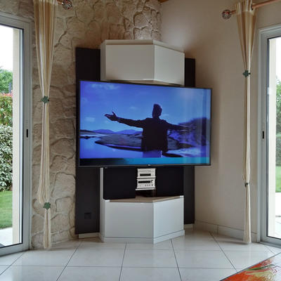 Chris b design meubles multim dias contemporains sur - Meuble multimedia design ...